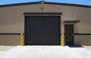 Metal buildin garage door