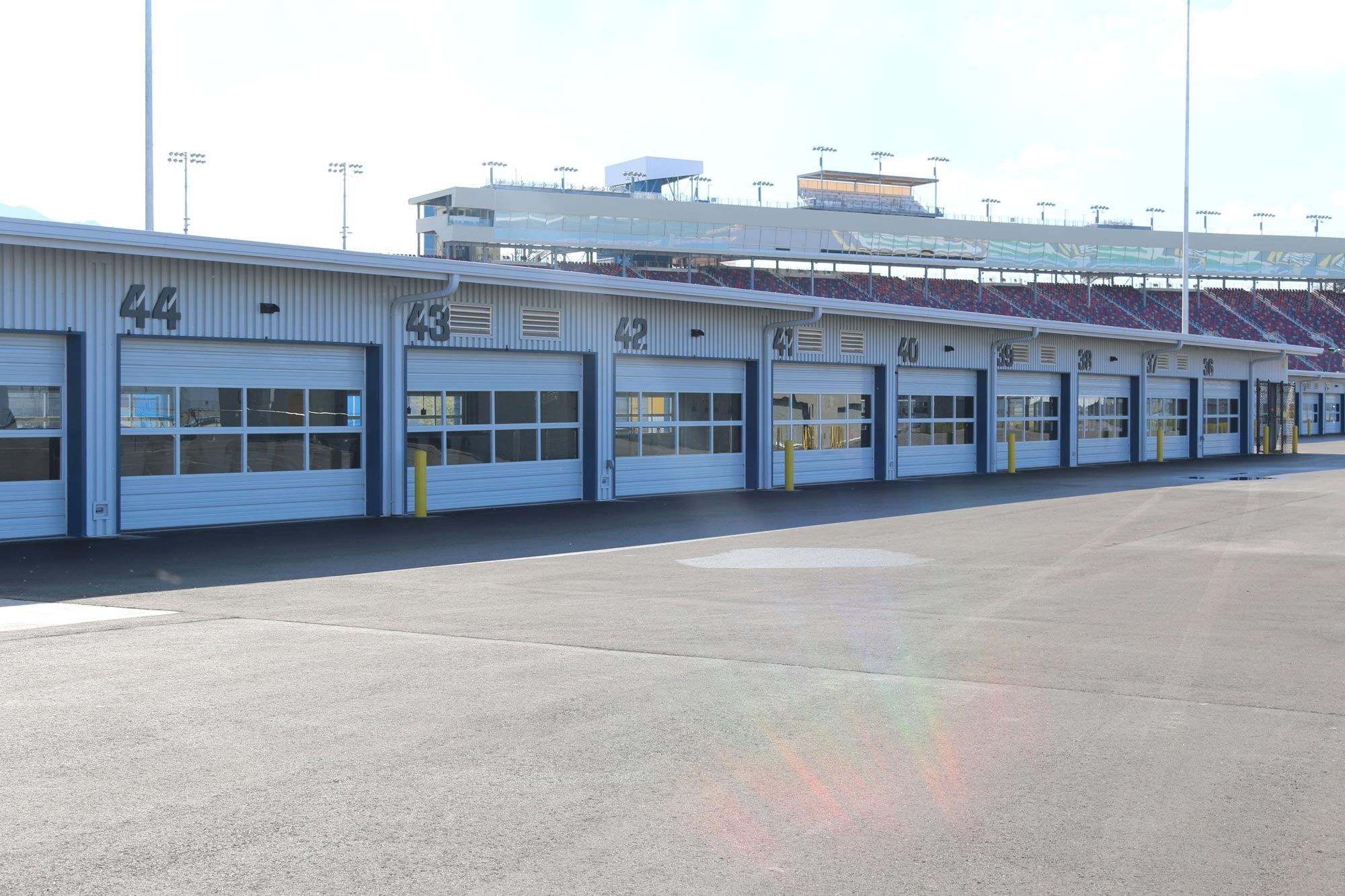 Phoenix International Raceway garages